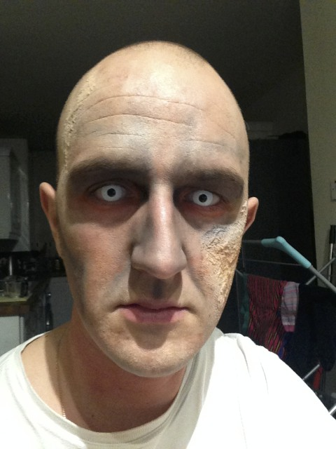 Zombie Costume Makeup -Eyes Stage 4